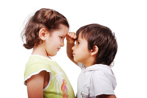 Çocuğumu diğer çocuklarla kıyaslamam doğru mu?